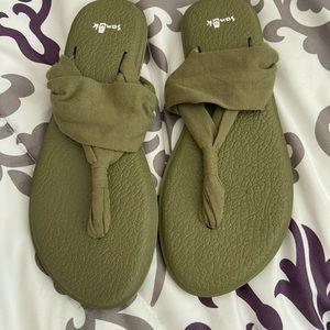 Sanyo Olive Green Sandals
